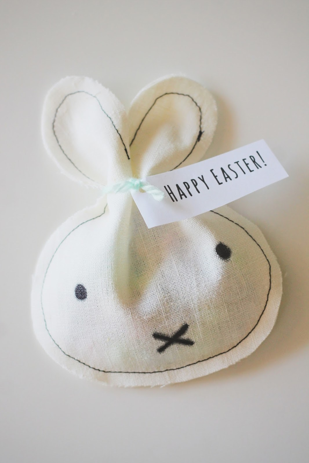 Lapin pochette surprise