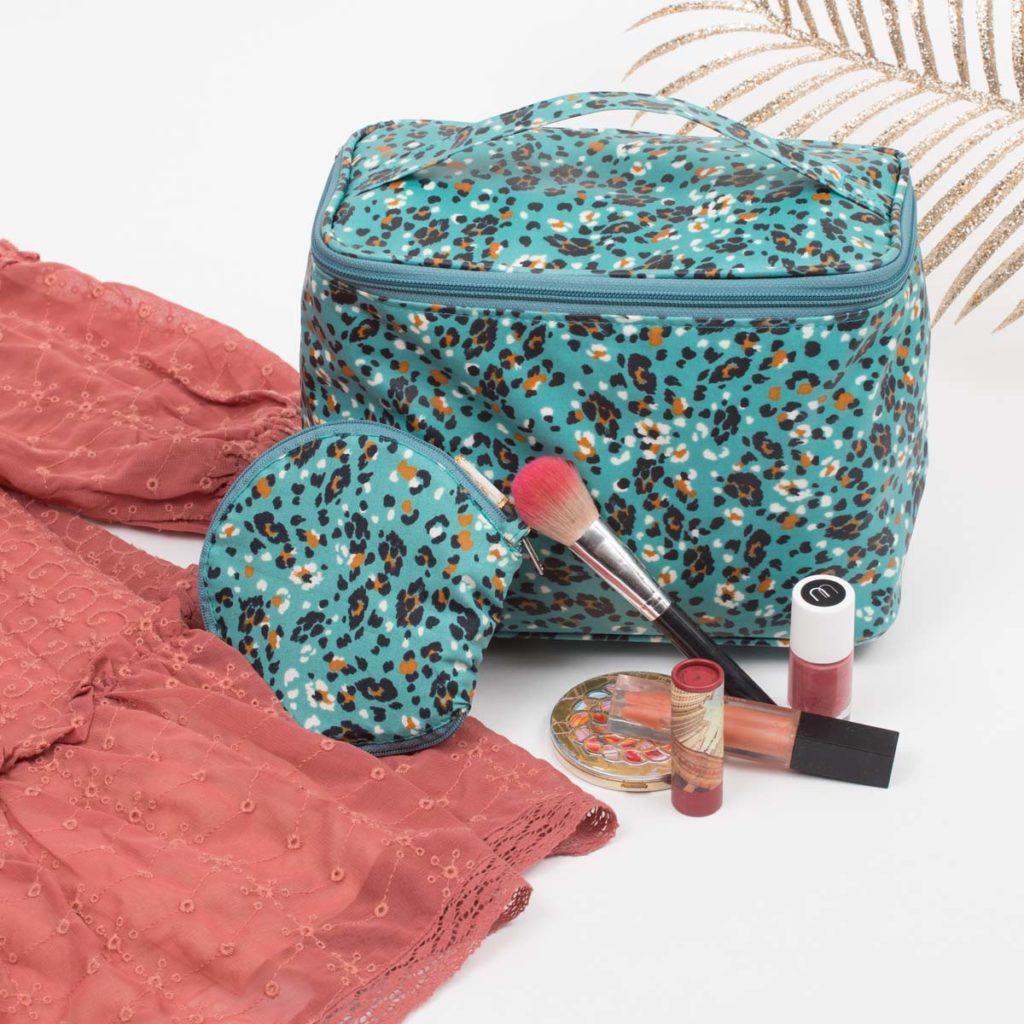 Accessoires de sac et salle de bain Papa Pique et Maman Coud