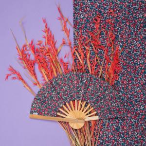 Avec quel coloris associer la collection Camélia Rubis ?